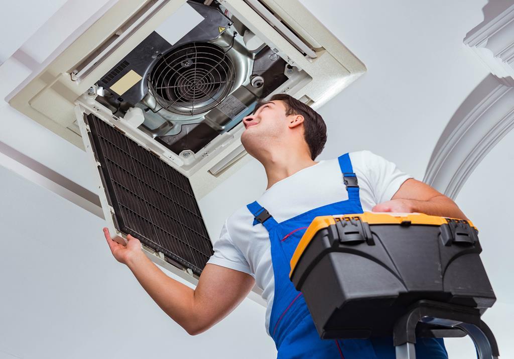 montaż klimatyzatorów